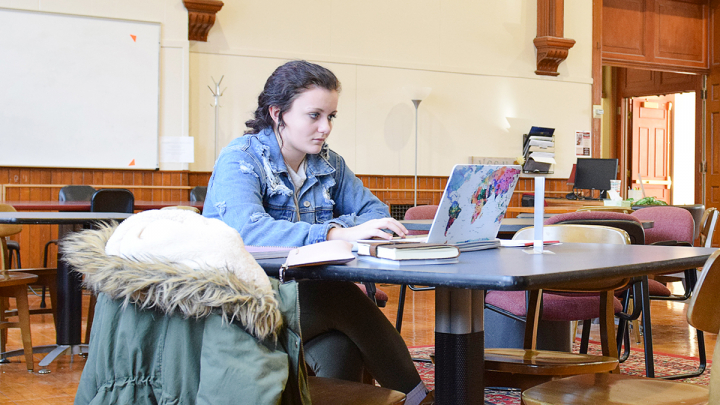 Female student studying in the Viking Learning Commons