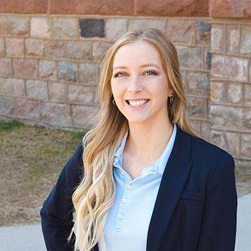 VCSU 2021 graduate Hannah Anderson